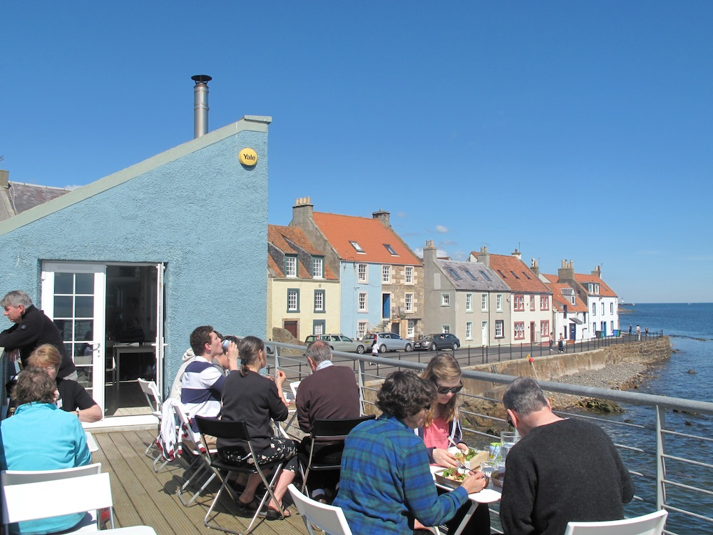 Places_to_eat_in_Fife_East_Pier_Smokehouse