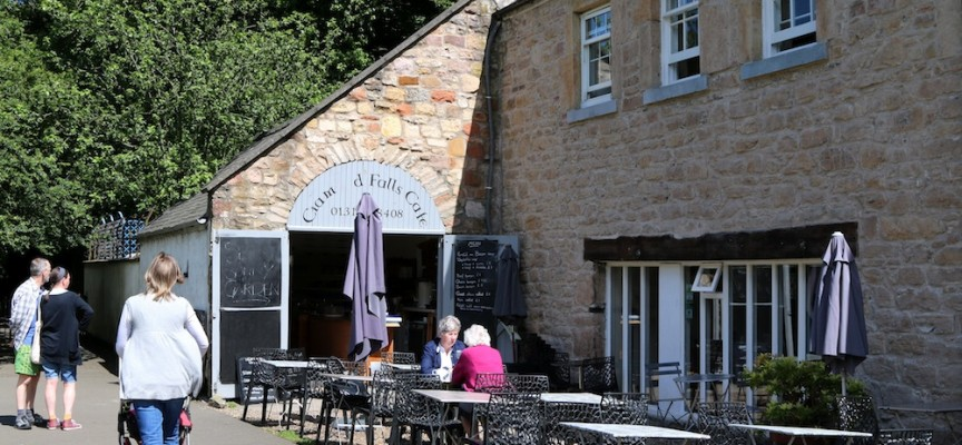 Cafes with outside tables near Edinburgh and Fife, Cafe with a nice view, dog friendly cafe