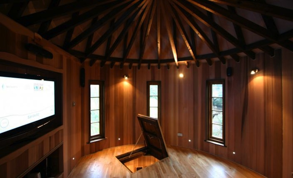 BlueForest_TreeHouse_Living_the_Highlife_1_gallery-image