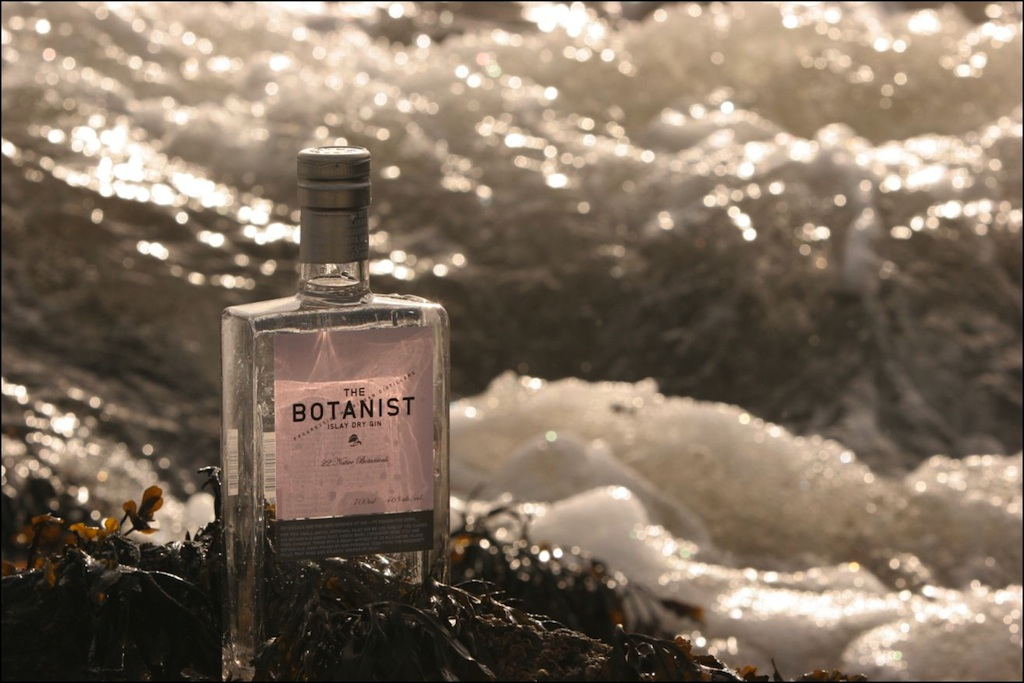 Botanist_Gin_from_Islay