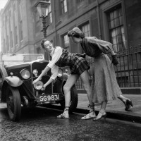 The first 'Hot Pants'? Fashion photos at Glasgow School of Art, 1953