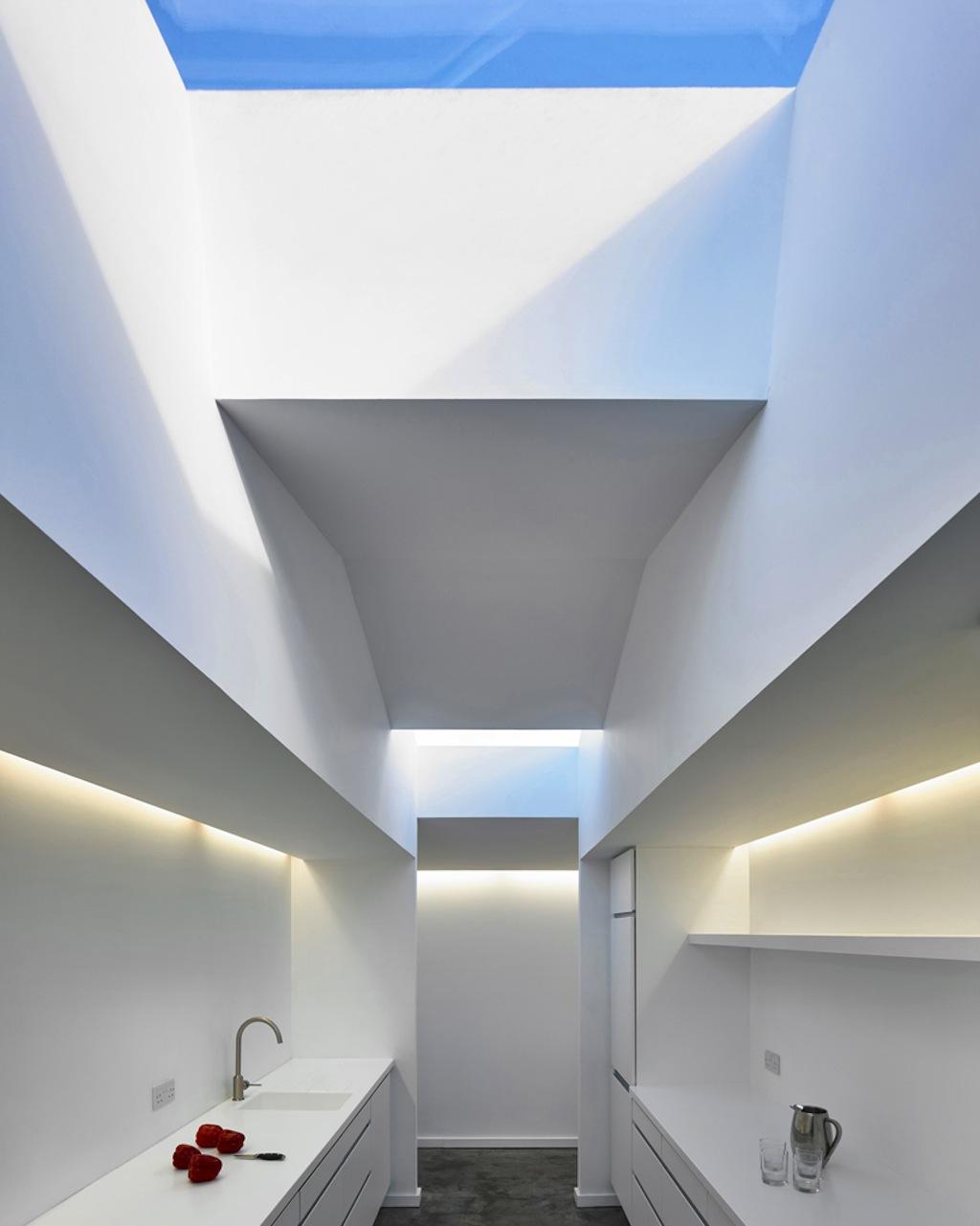 beach-house-in-morar-dualchas-architects-designboom-08
