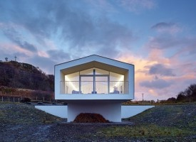Stylish 'beach house' to rent in Morar, near Mallaig