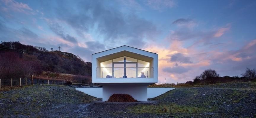 Stylish 'beach house' to rent in Morar, near Mallaig