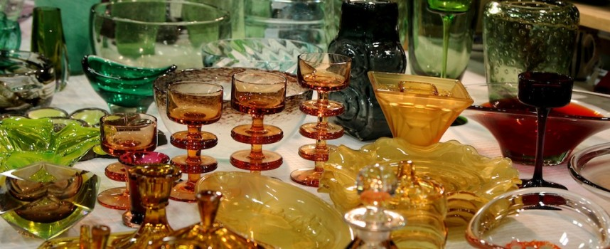 Pretty vintage glassware at the Antiques & Collectors Fair, Edinburgh