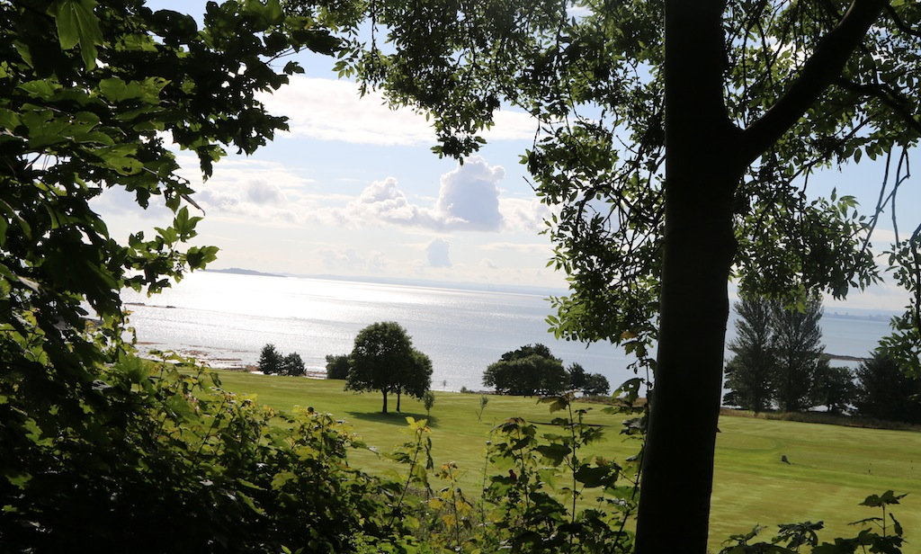 Fife_Coastal_Path_Aberdour-avocadosweet.com