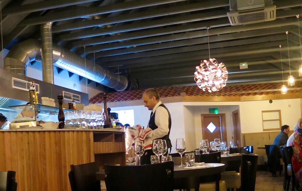 Incontri_Italian_restaurant_Dunfermline.jpg