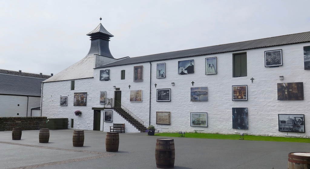 Ardbeg_distillery_artwork-avocadosweet.com