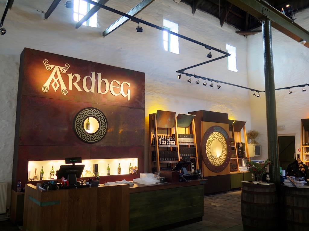 Ardbeg_distillery_shop-avocadosweet.com