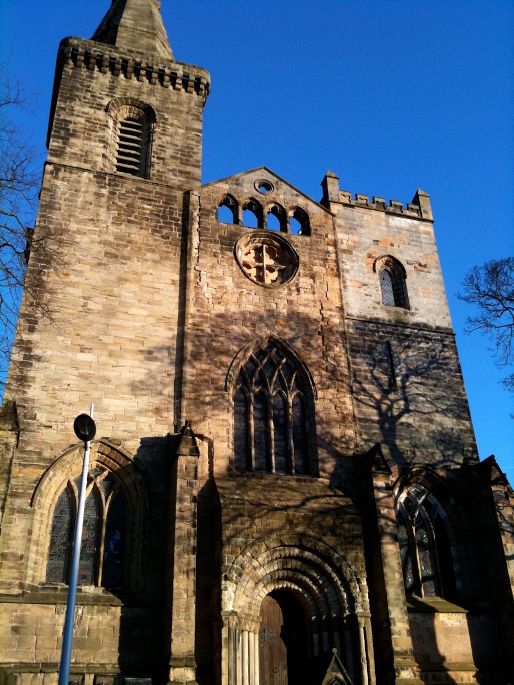 dunfermline_abbey_avocadosweet-com