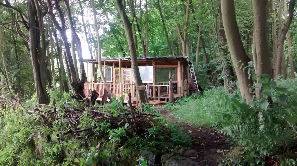 camping_tree_lodge3_dunfermline_fife