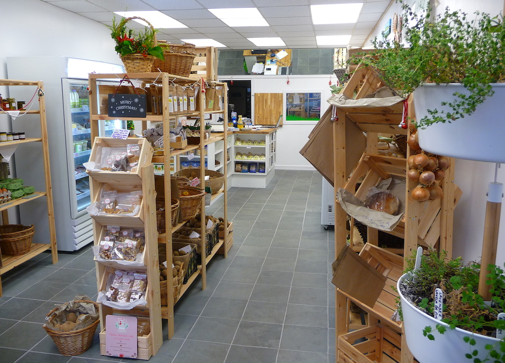 fife_farm_shop_inverkeithing_interior