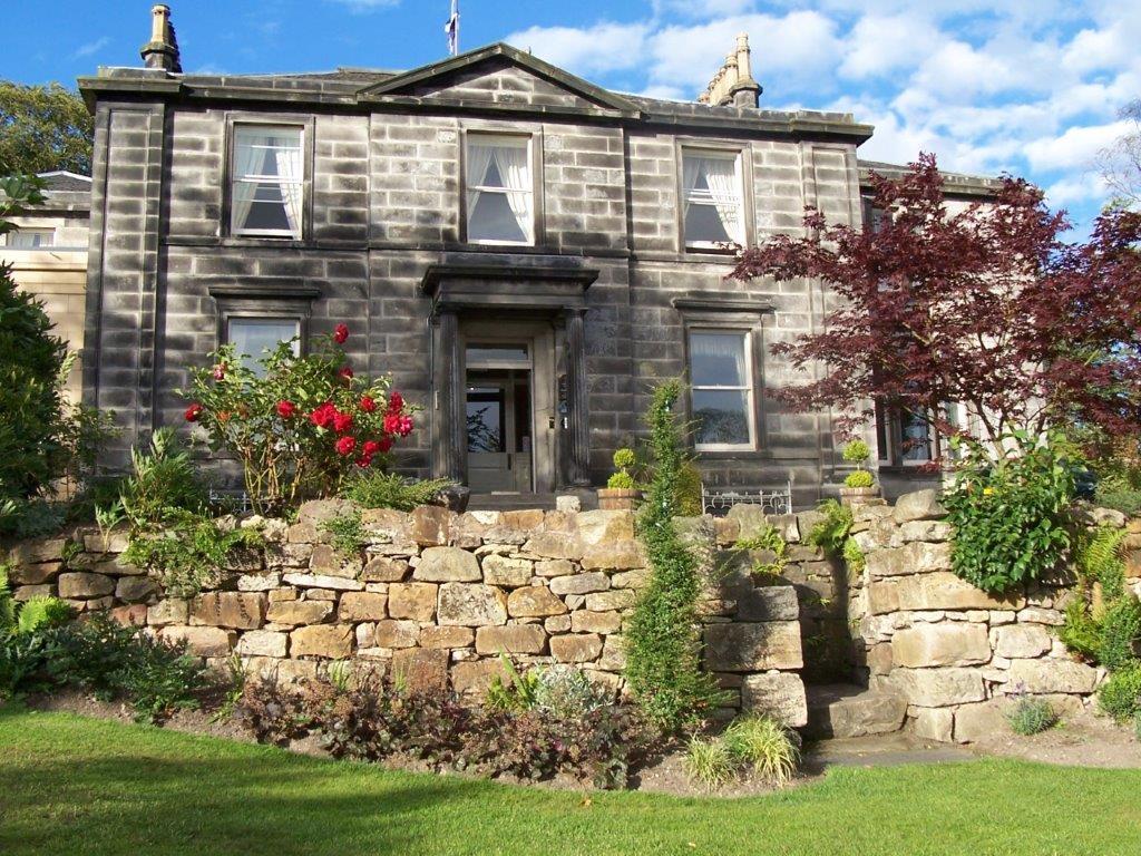 A ScottishPortuguese alliance at Garvock House Hotel  : Garvock HouseHotelDunfermline from www.avocadosweet.com size 1024 x 768 jpeg 219kB